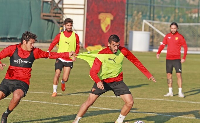 Göztepe'de 2'si futbolcu 3 kişinin testi pozitif çıktı