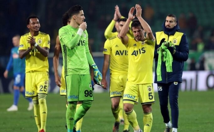 Emre Belözoğlu futbolu bıraktı