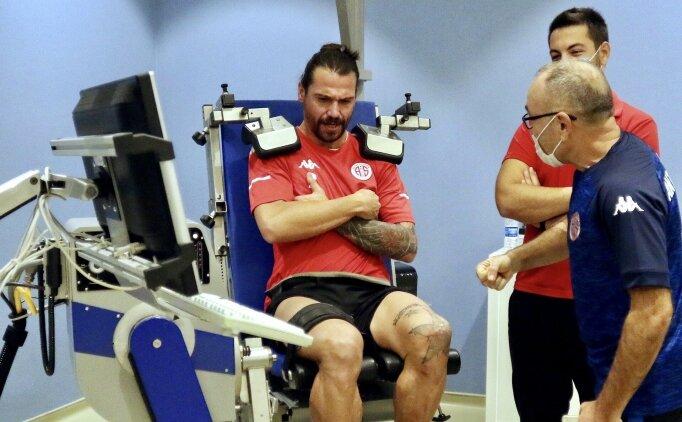 Antalyasporlu futbolcular izokinetik testinden geçti