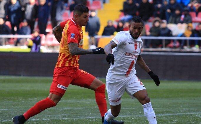 Sinan ve Podolski oynadı, 4 gollü düelloda kazanan çıkmadı