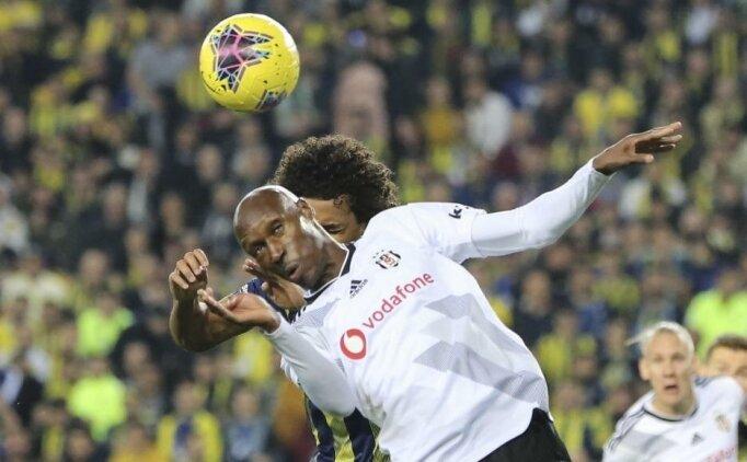 Fenerbahçe - Beşiktaş derbilerinde kartlar havada uçuşuyor!