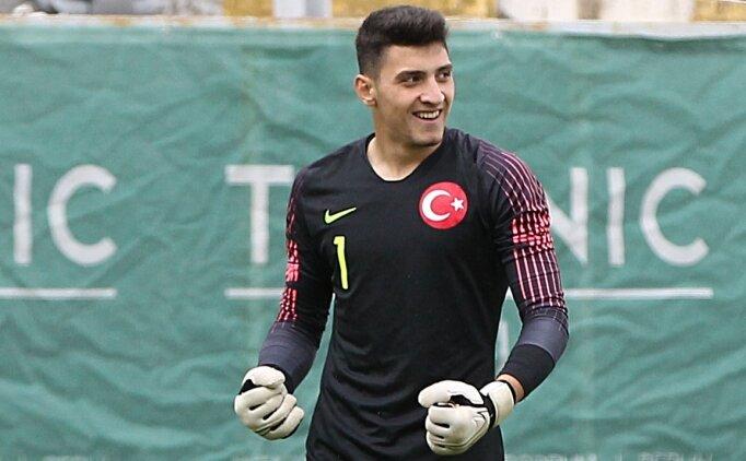 Beşiktaş'ta eldiven 16'lık Emre Bilgin'de!
