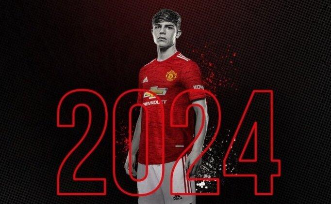 Manchester United'dan genç oyuncusu Williams'a yeni sözleşme