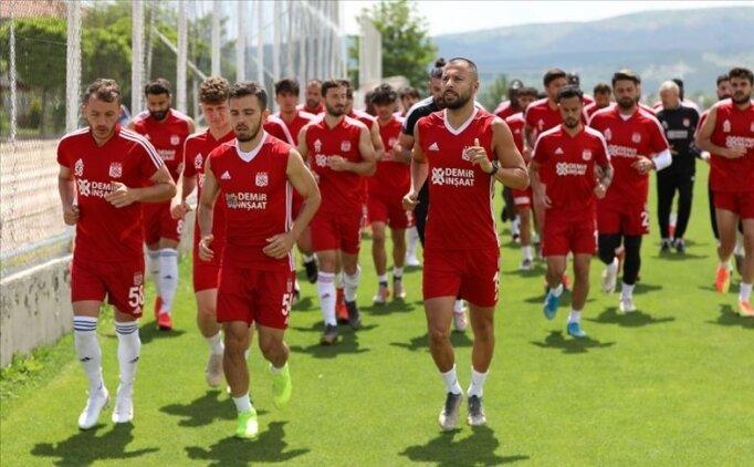 Sivasspor, Denizlispor'u konuk ediyor; 3 eksik var