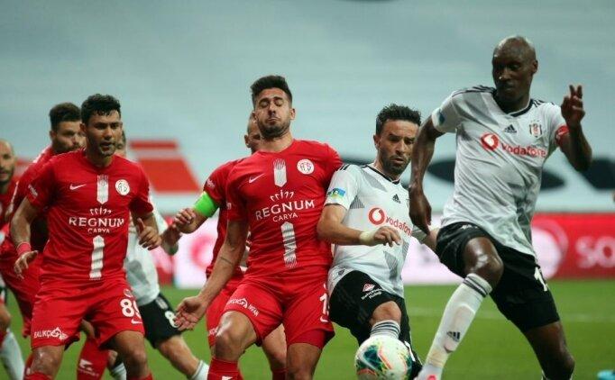 Beşiktaş, Antalyaspor'a yıkıldı!