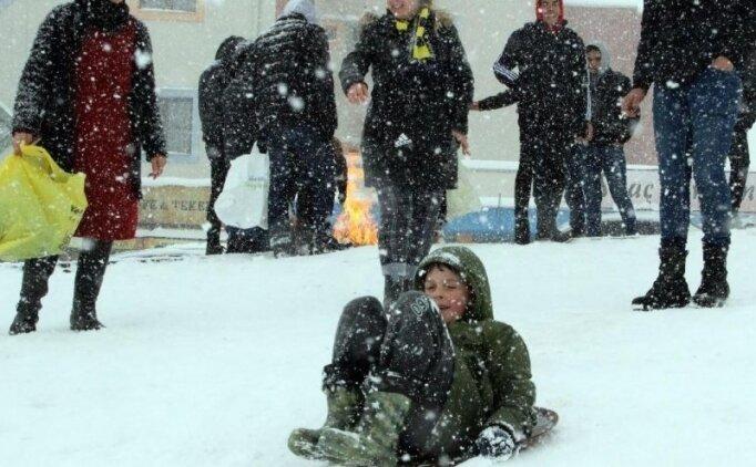 Yarın okullar tatil mi? 12 Şubat okulların tatil olduğu iller