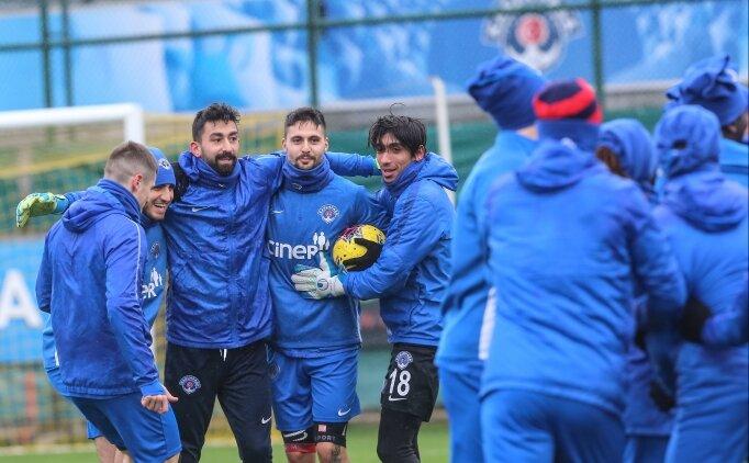 Kasımpaşa'da Galatasaray maçı hazırlıkları sürüyor