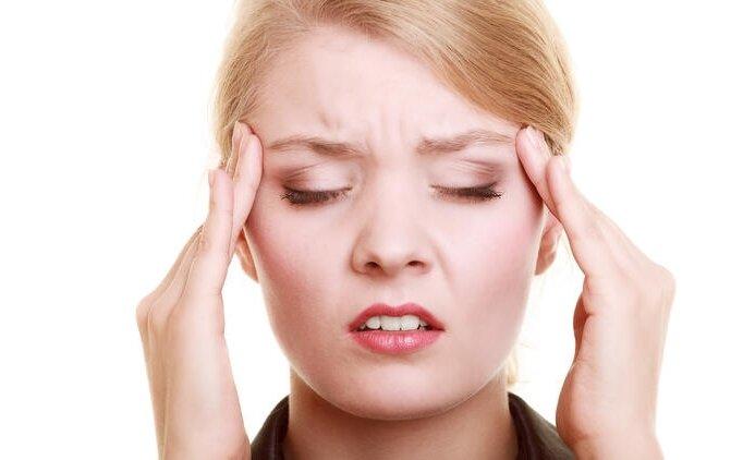 Koronavirüs belirtisi baş ağrısı mı? Baş ağrısı koronavirüs demek mi?