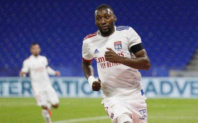 Lyon, Remis'i rahat geçti! PSG ile farkı azalttı