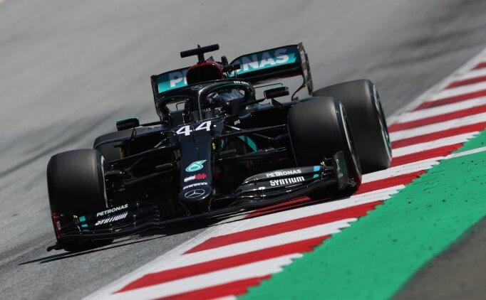 Avusturya'da Mercedes-AMG Petronas duble yaptı