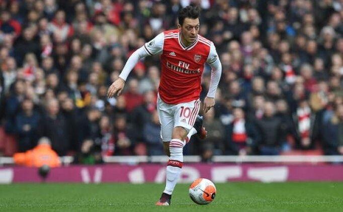 Arsenal'de Mesut Özil krizi devam ediyor!