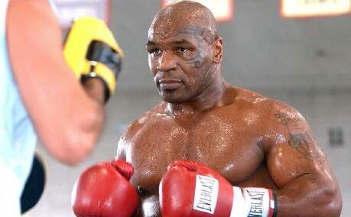 Mike Tyson boks maçı canlı hangi kanalda, saat kaçta ne zaman?