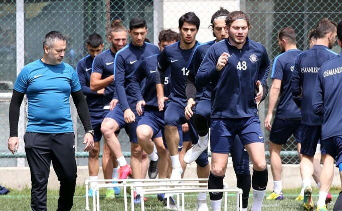 Osmanlıspor'da antrenmanlara kaldığı yerden devam ediyor