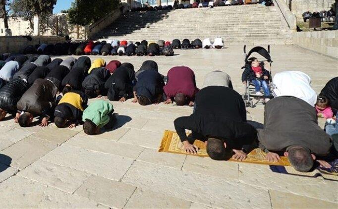 Ramazan Bayram namazı cemaatle cami de mi kılınacak? (25 Mayıs Salı)