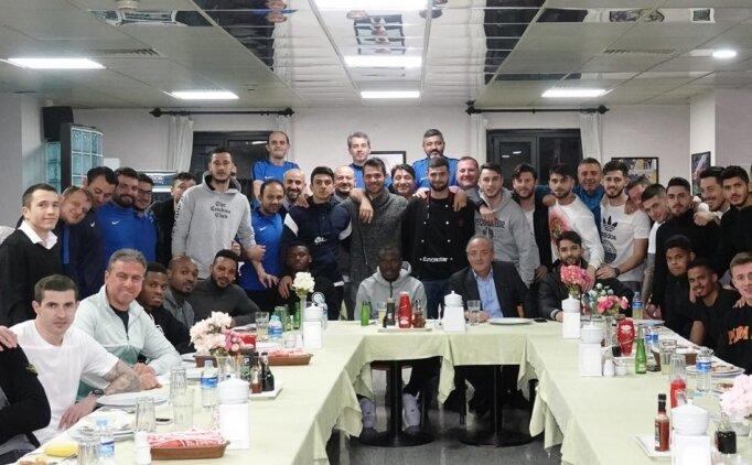 Gençlerbirliği Başkanı Murat Cavcav'dan futbol takımına ziyaret