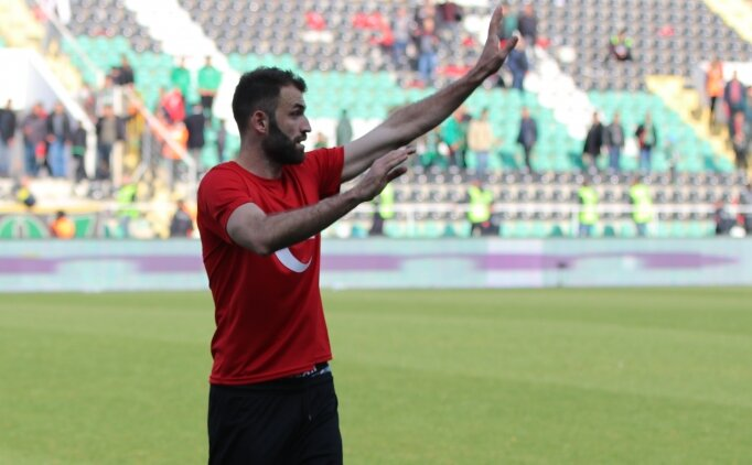 Mustafa Yumlu: 'Kefenimi giydim, İdlib'e gitmeye hazırım'