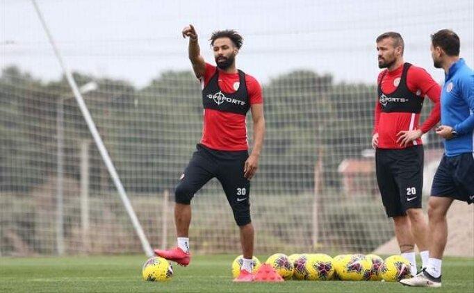 Beşiktaş, Nazım Sangare'yi istiyor