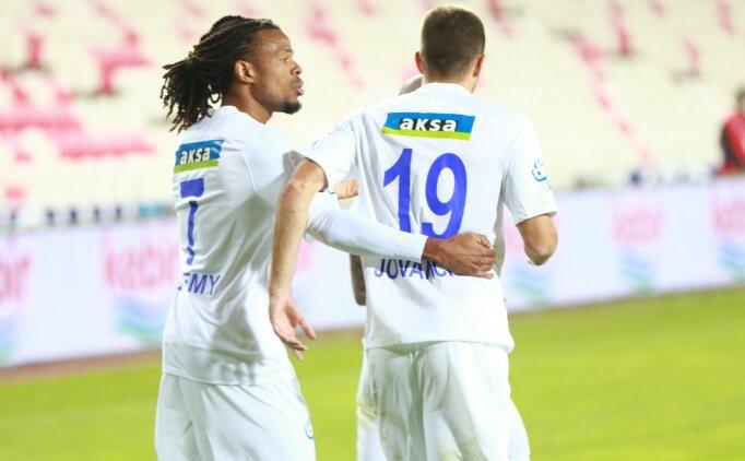 Süper Lig'i sallayan Remy bonusa koşuyor