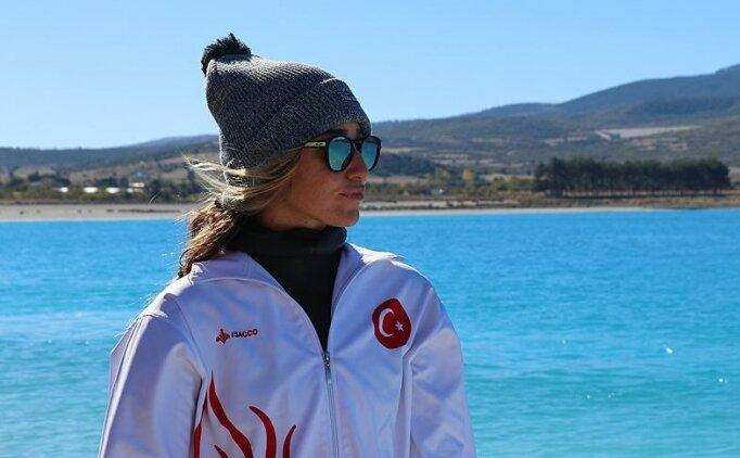 Dünya dalış rekortmeni Şahika Ercümen'den 'evde kal' çağrısı