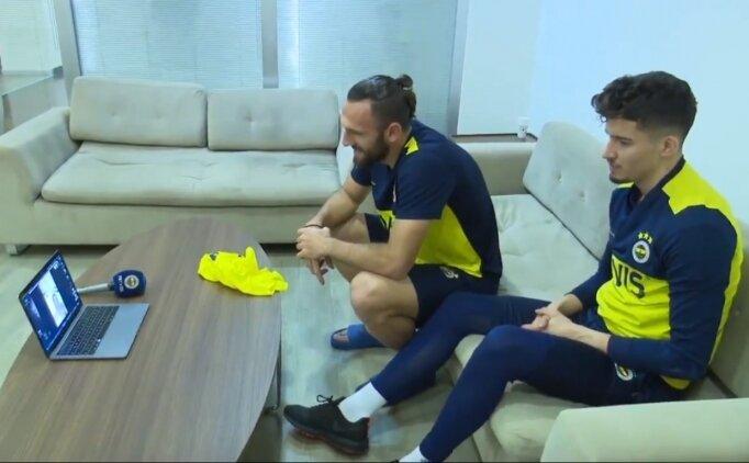 Enkaz altından çıkarılan Mustafa Emir, Fenerbahçeli futbolcularla görüştü