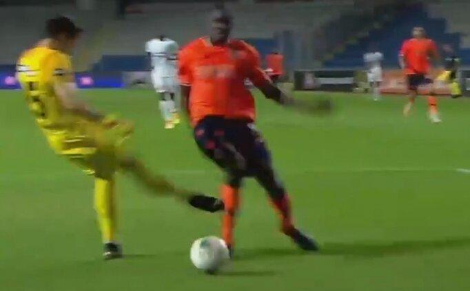 Başakşehir - Denizlispor maçındaki penaltı tartışması