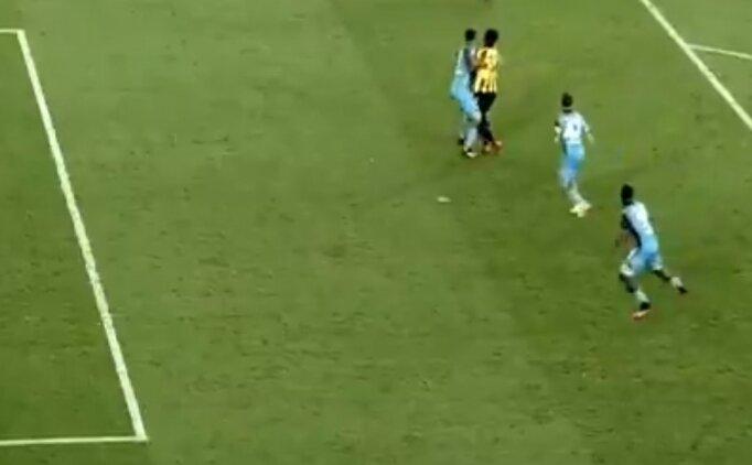 Göztepe - Trabzonspor maçında konuşulan penaltı kararları