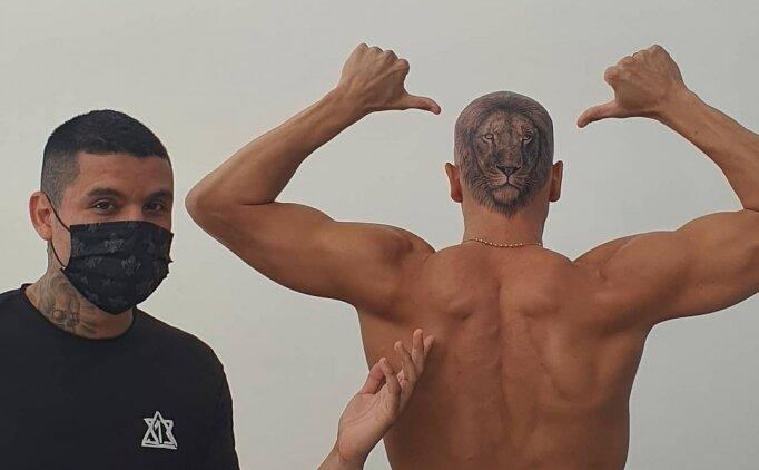 Uruguaylı kaleci Sosa, kafasına aslan dövmesi yaptırdı