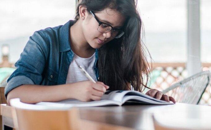 Ziya Selçuk: 'LGS kapsamındaki merkezi sınav sadece birinci dönem müfredatından yapılacak'