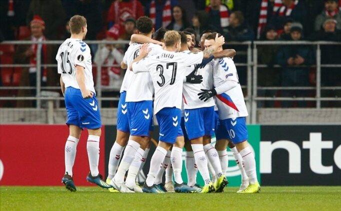 Rangerslı 2 futbolcuya 7'şer maçlık 'izolasyon' cezası