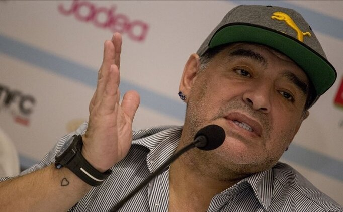 Maradona'nın iki koluna saat takma hikayesi