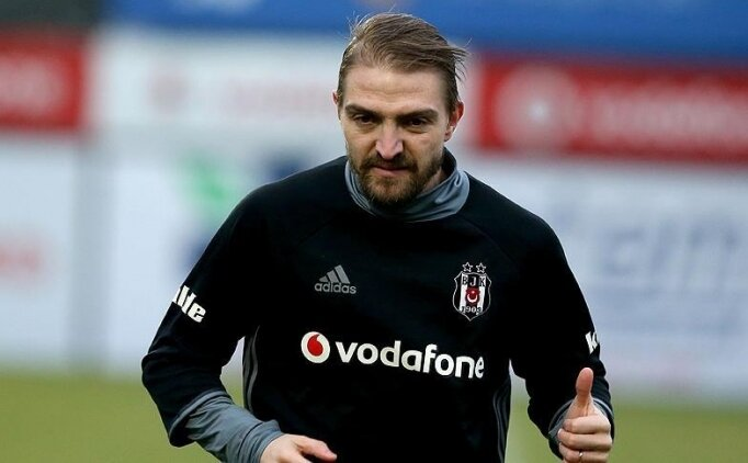 Caner Erkin, Beşiktaş'a veda etti!