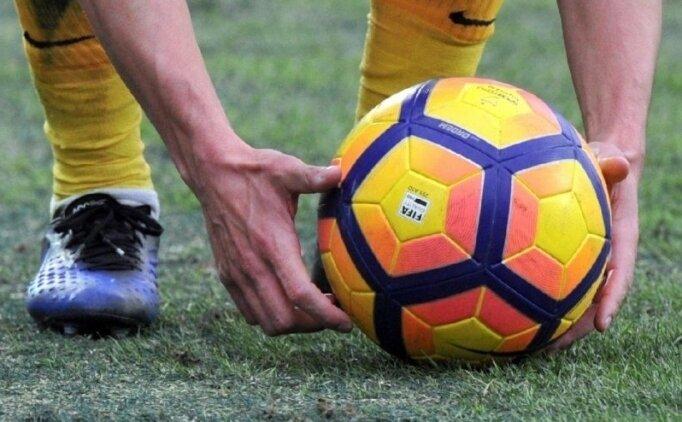 Penaltı 3 kez tekrarlandı, 3'ü de gol olmadı