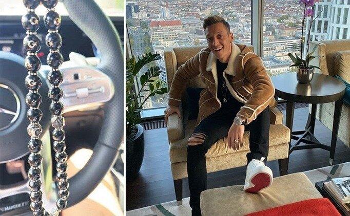 Mesut Özil'in hediyesi Ay - Yıldızlı tesbih