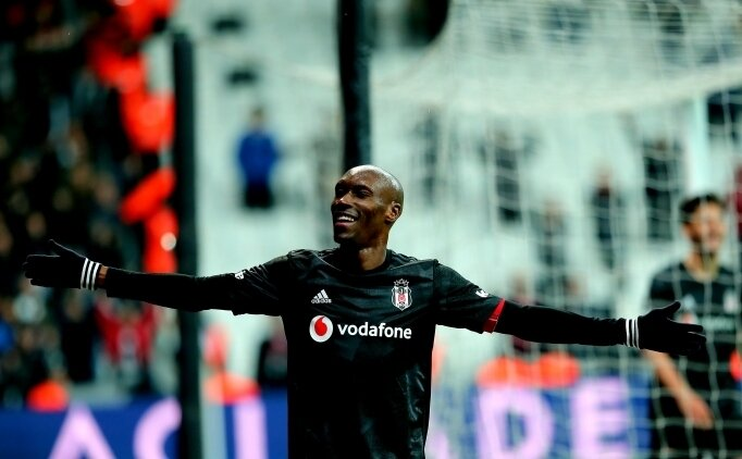 Beşiktaş'ta imza zamanı!