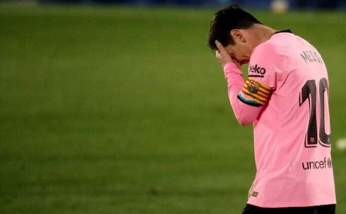 Barcelona'da borç yükü 1 milyar dolara dayandı