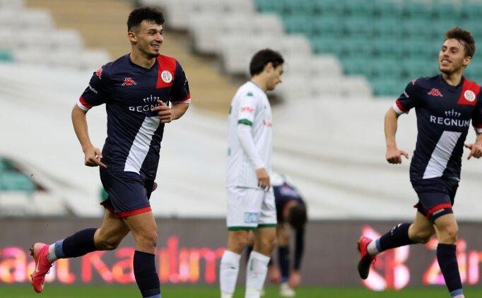 Antalyaspor, Bursaspor'u 3 golle eledi!