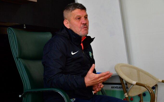 Akhisarspor Teknik Direktörü Dilsöz'den transfer açıklaması