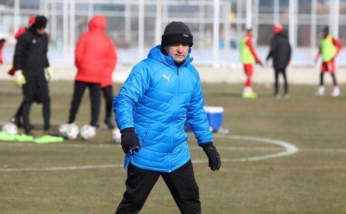 Rıza Çalımbay: 'İyi bir kadro ile Fenerbahçe maçına çıkacağız'