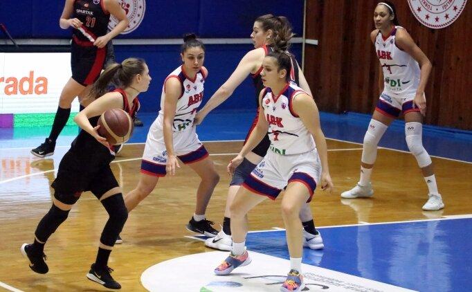 Adana Basketbol, Spartak Moskova'ya farklı kaybetti