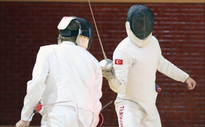 Eskrim Epe Milli Takımı'nda hedef, dünya şampiyonasından madalyalarla dönmek