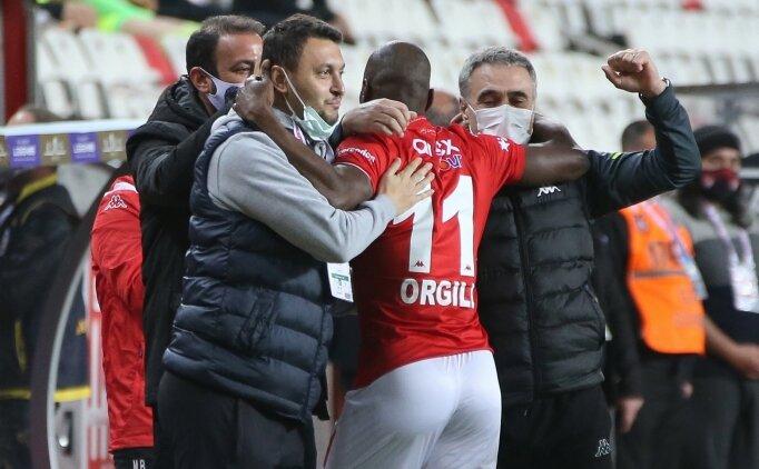 Ersun Yanal: 'Kazanmak için savunma yapıyoruz'