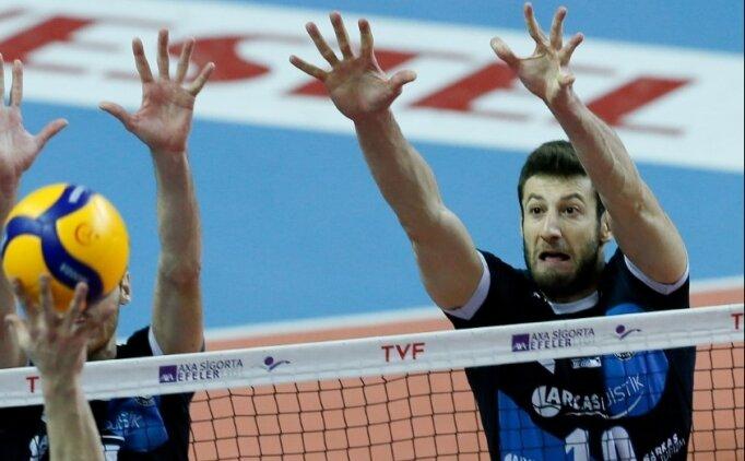 Halkbank Erkek Voleybol Takımı, Mustafa Koç'u transfer etti