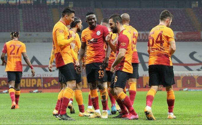 Galatasaray'da Terim 'herkesi' Ankara'ya götürdü