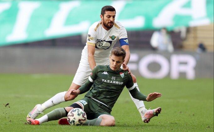 Bursaspor, 2-0'dan geri döndü, Akhisar'ı yıktı!