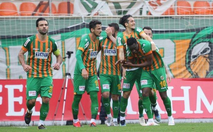 Alanyaspor, Antalyaspor'un serisini bitirdi!