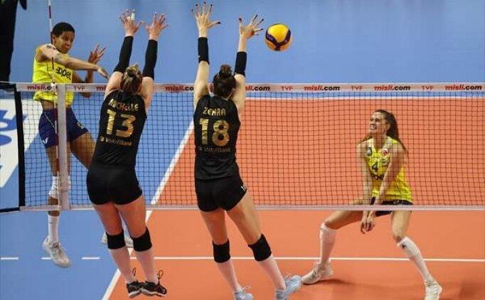 Vakıfbank play-off serisinin ilk maçında Fenerbahçe'yi devirdi