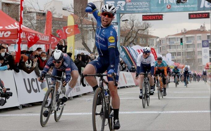 Cumhurbaşkanlığı Türkiye Bisiklet Turu'nda ikinci etabı Mark Cavendish kazandı