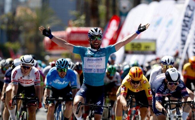 Cumhurbaşkanlığı Türkiye Bisiklet Turu'nda üçüncü etabı Mark Cavendish kazandı
