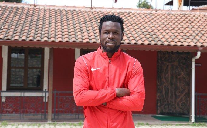 Mame Diouf: 'Forvetseniz, sizden gol beklerler'