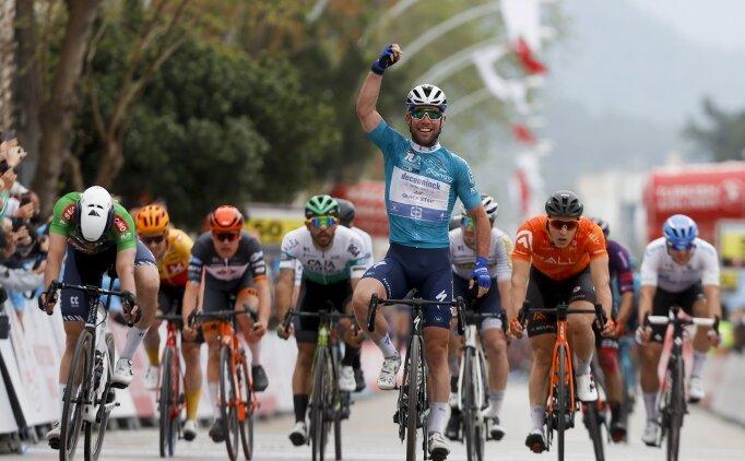 Cumhurbaşkanlığı Bisiklet Turu'nun 4. etabında kazanan Mark Cavendish!